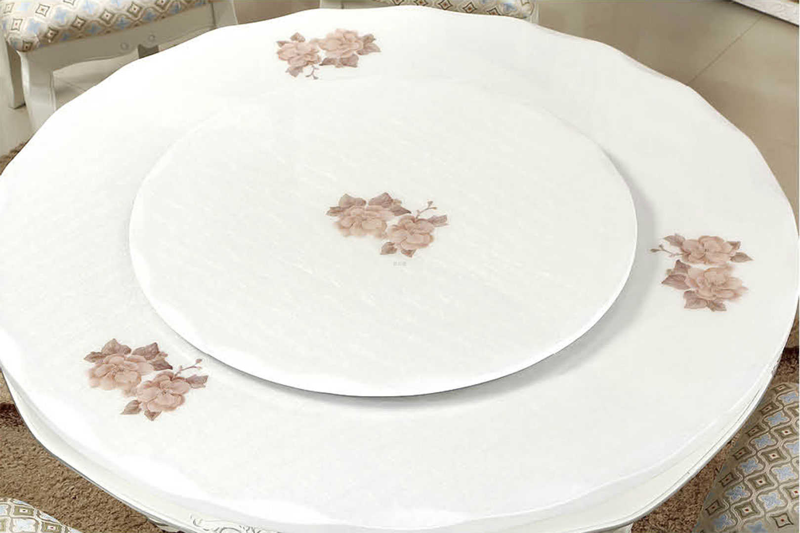 规格:1626#欧式圆桌(月亮湾爆花大理石):130*130cm